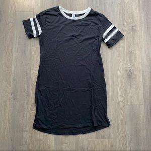 Alternative T-shirt dress